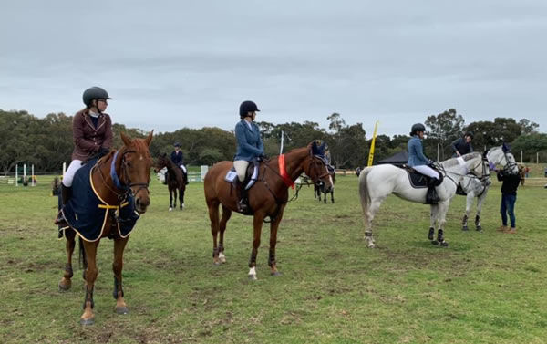 Place-getters in the 1m G3 Class, Tiarana Newbold on the grey Mr Magnificent picking up third