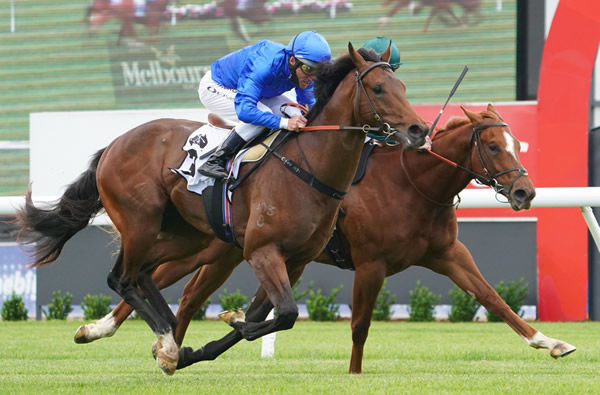 Anamoe narrowly defeats Forbes in the Listed Merson Cooper Stakes - Racing Photos.