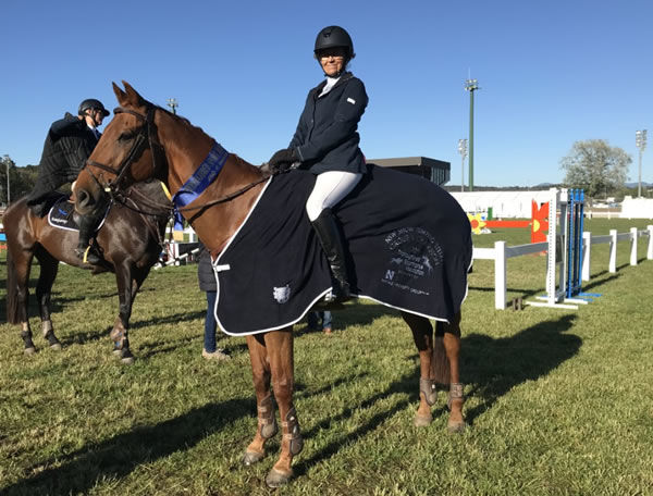 Colleen Brook rides Double the Bank