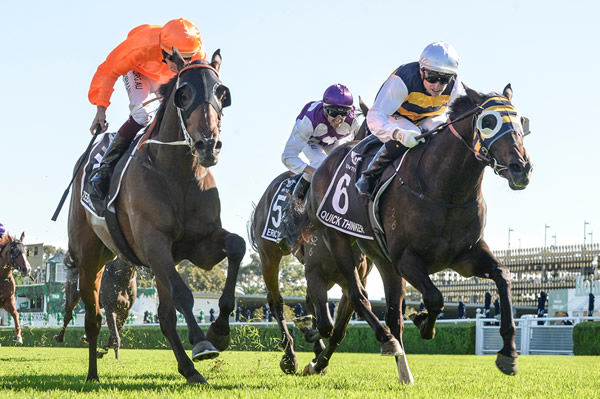 Zebrowski in orange gives Quick Thinker a run for his money in the Australian Derby!