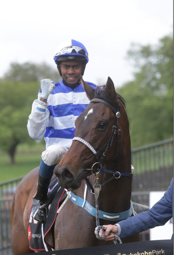 Ashvin Goindasamy brings Siracusa back to scale. Photo Credit: Trish Dunell