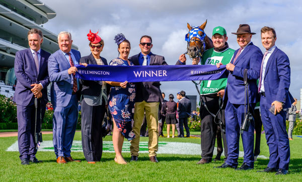 A tenth Australian Cup for Lindsay Park - images Grant Courtney
